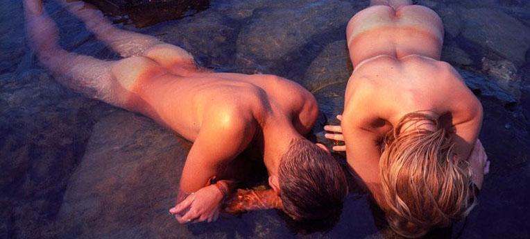 Le naturisme pour « gommer » les complexes de l'adolescence